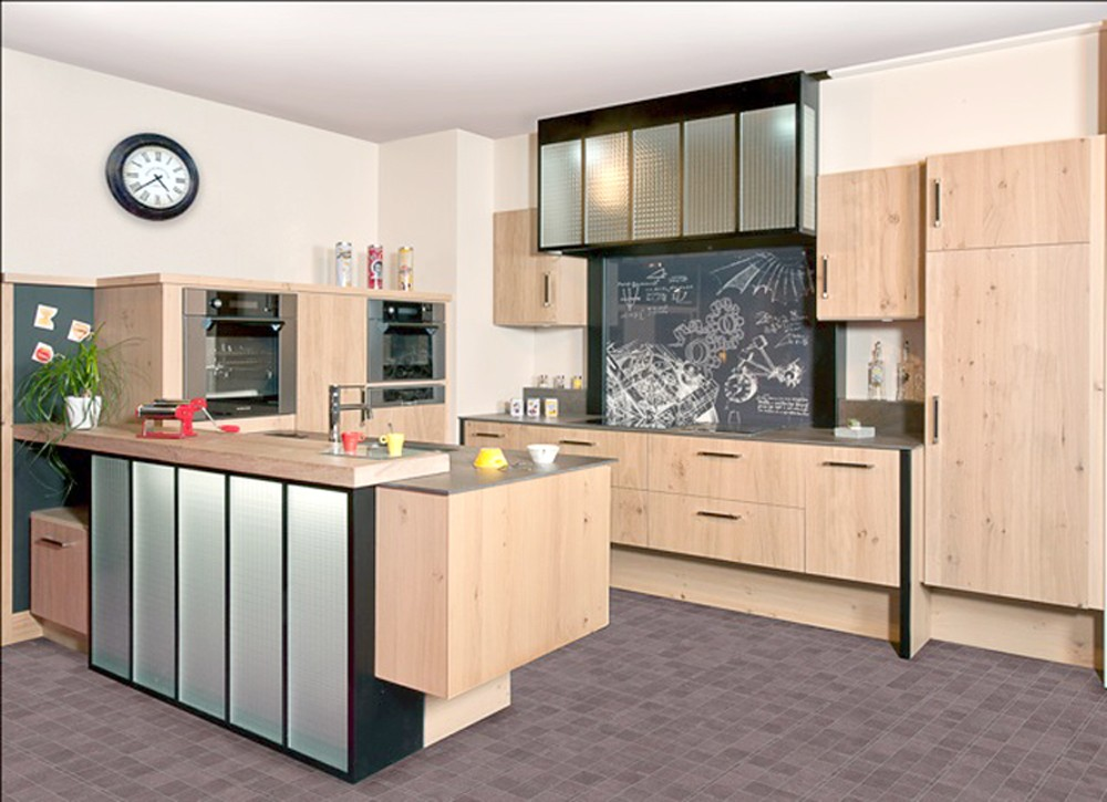 cr ations gravouille r alisation cuisine ch ne brut. Black Bedroom Furniture Sets. Home Design Ideas