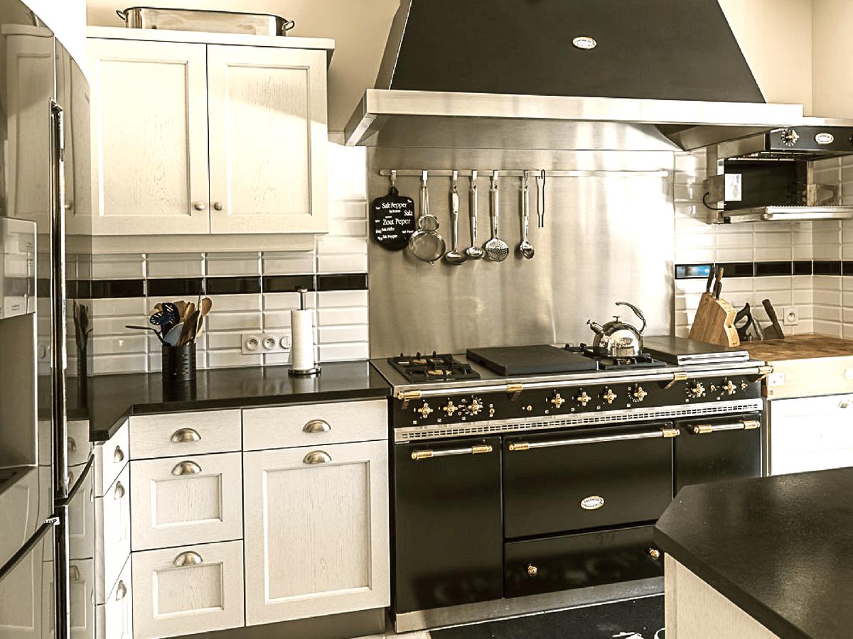 Une cuisine et une salle de bains pleines de charme à Juigné-sur-Loire (49) – Jacques, 70 ans